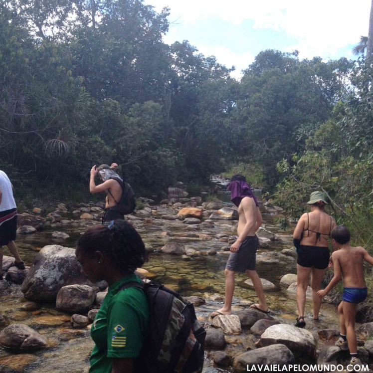 cachoeira santa bárbara chapada dos veadeiros