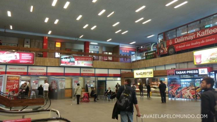 terminal de ônibus Mlynské Nivy em bratislava
