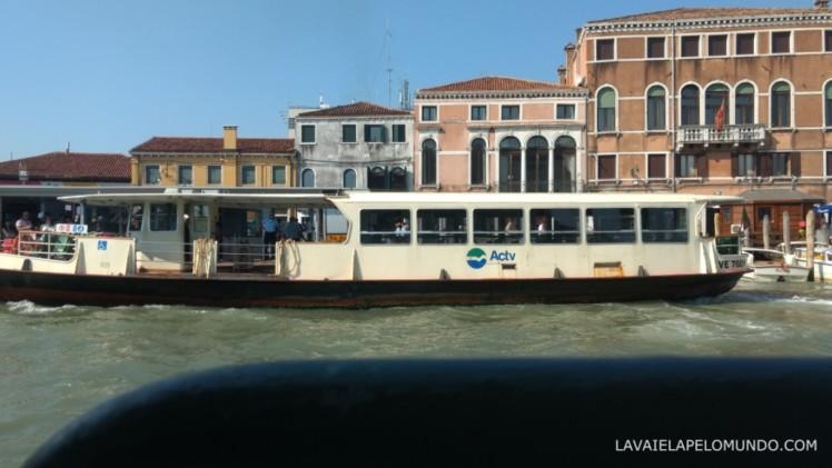 vaporetto veneza