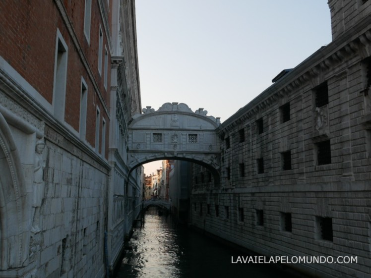 ponte dos suspiros veneza