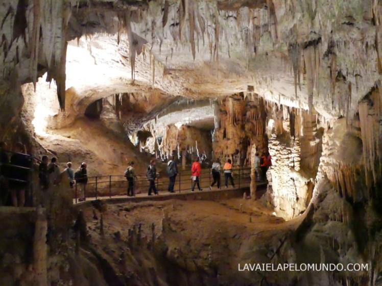 postjona cave