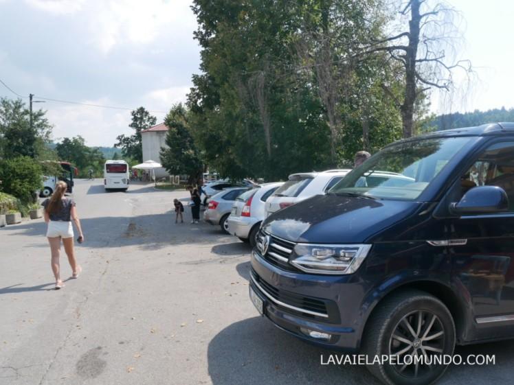 estacionamento castelo de predjama
