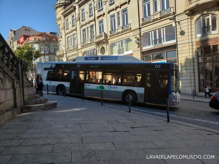 ônibus no porto portugal